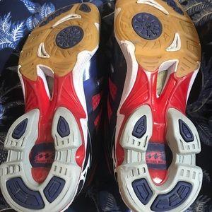 Mizuno Shoes - Mizuno RX3 Sneaker